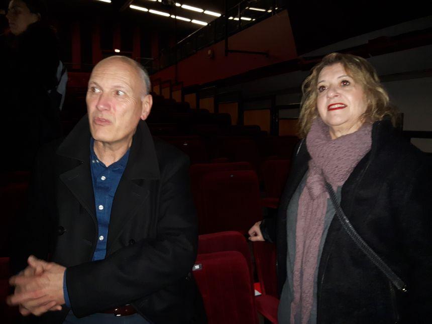 Gilles Curchod, directeur du Pole Affaires sociales à la mairie de Neuilly et Emmanuelle Huthwohl, directrice de la péniche de l'Armée du Salut