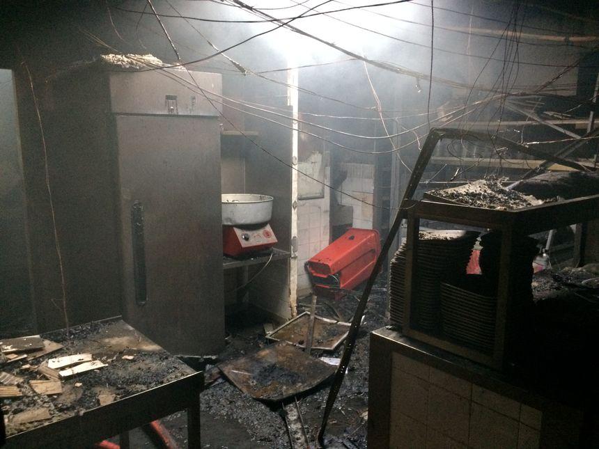 La cuisine du restaurant Buffalo Grill de Perpignan réduite en cendres