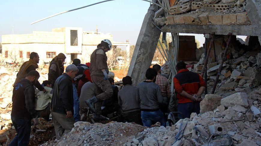 Hôpital syrien détruit par les bombardements dans la province d'Idlib en février 2016.