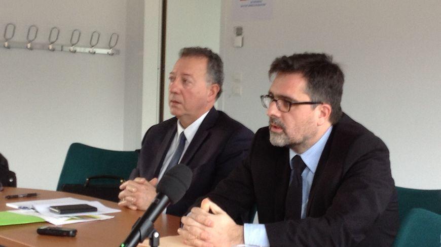 Paul Montmartin (à gauche), directeur de la Police Judiciaire de Dijon et Damien Svarseix, procureur de la République de Chalon