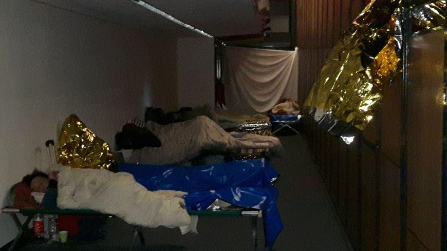 Cinquante sans-abris ont trouvé refuge au théâtre de Neuilly