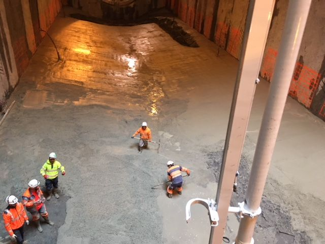 3,50 m de béton vont devoir être coulé sur le fond de la station