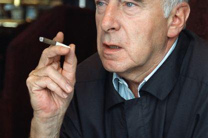 Portrait pris le 19 août 1988 à Paris du cinéaste français Claude Sautet, décédé à l'âge de 76 ans, le 22 juillet 2000 à Paris