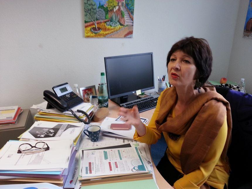 Annie Burbaud, médecin à l'ARS Nouvelle Aquitaine, le rapelle, le seul traitement contre l'épidémie, c'est la vaccination.