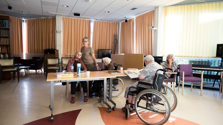 Les personnels des maisons de retraite n'en peuvent plus et vont le faire savoir ce mardi partout en France