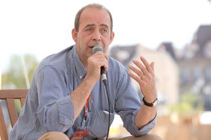 Patrick de Saint-Exupéry aux Rendez-vous de Juillet, festival des histoires vraies, et du journalisme vivant organisé à Autun par la revue XXI et les Editions des Arènes.