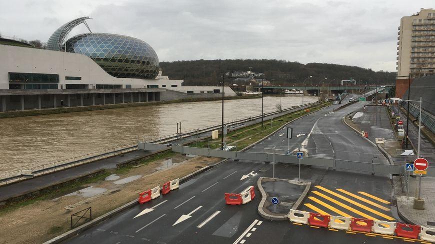 Gare boulogne billancourt for Garage renault boulogne pont de sevres