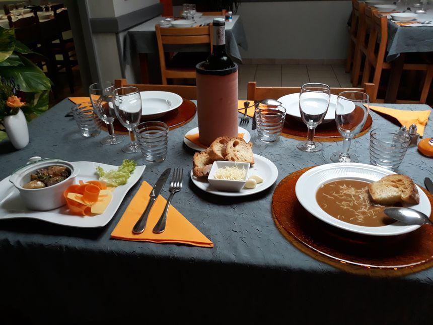 la table dressée