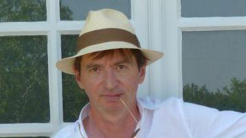 Xavier Dorsemaine, écrivain, journaliste.