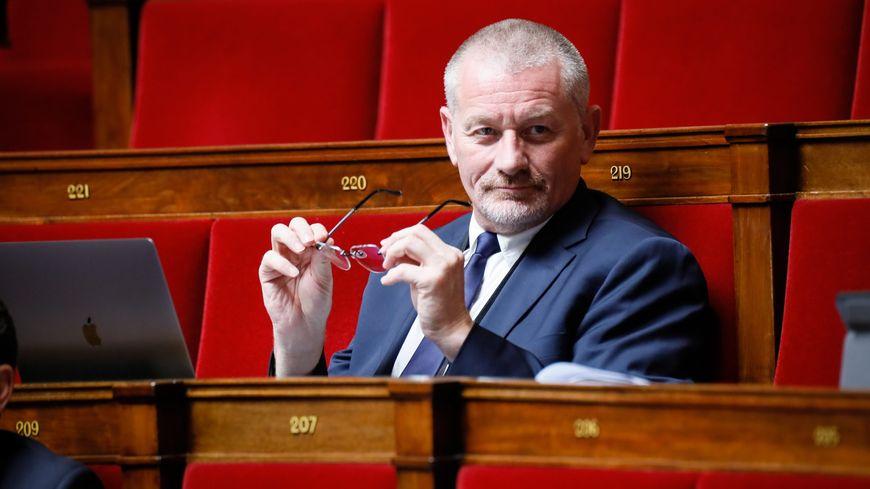 Eric Girardin, député de la Marne sur les bancs de l'Assemblées Nationale