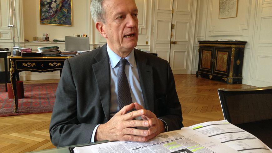 Frédéric Veaux, le préfet de la Mayenne, a démenti point par point les informations du Canard Enchaîné.