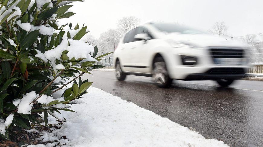 La neige devrait se calmer dans la journée en Lozère.