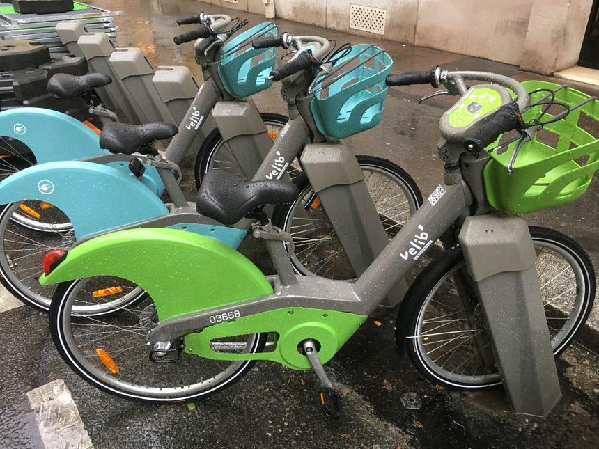A l'usage, un Vélib' confortable et pratique qui a tout pour séduire les Franciliens.