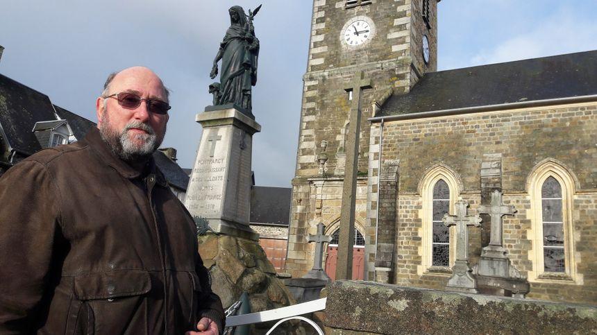 """""""Tout va se faire avec le temps"""", explique Christian Baude, le maire de Pont-Farcy"""