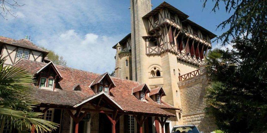 Le château Mounet Sully