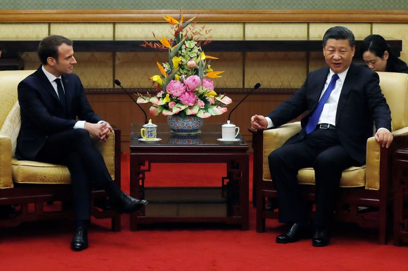 Emmanuel Macron reçu par son homologue chinois Xi Jinping à Pékin
