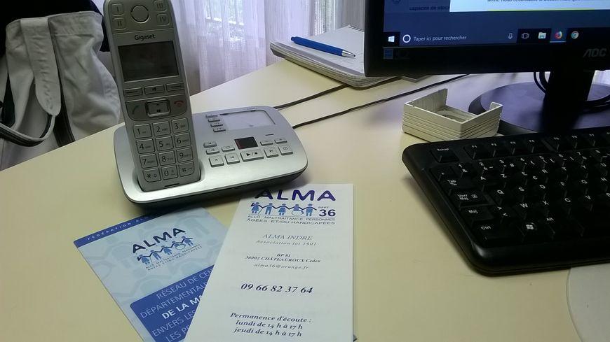 L'association tient deux permanences téléphoniques hebdomadaires.