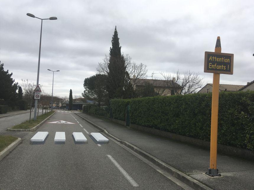 La commune de Guilherand-Granges a installé deux passages piétons en 3D.