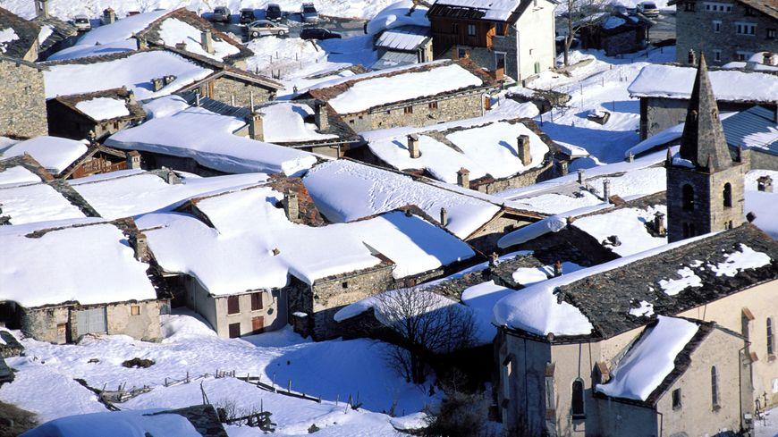 Le village de Bonneval-sur-Arc, le plus haut de la vallée de Haute-Maurienne, culmine à 1.850 mètres d'altitude.