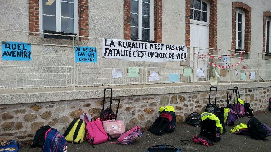 Les parents d'élèves se sont mobilisés ce mardi matin à Meilhards