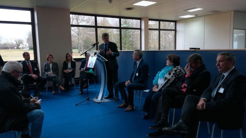 Une conférence de presse en présence du président de Fenwal, Thomas Graf, était organisée pour l'occasion