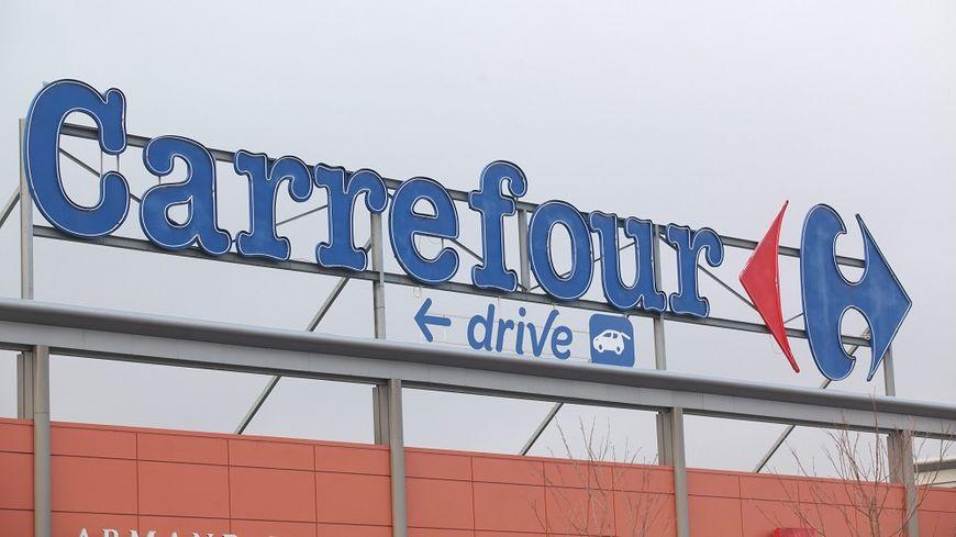 Carrefour veut accélérer sa stratégie numérique pour relancer ses ventes.