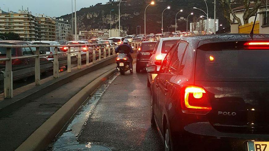 Le secteur Est de Nice bloqué ce mardi 9 Janvier 2018