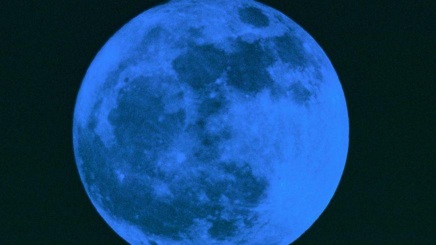 La lune bleue (illustration)