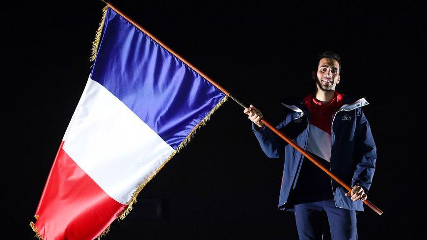 Martin Fourcade, le biathlète est le porte drapeau de la délégation française olympique
