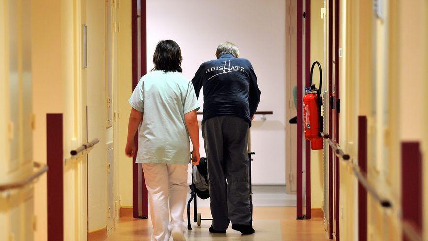 Les personnels déplorent n'être plus assez nombreux pour s'occuper correctement des patients