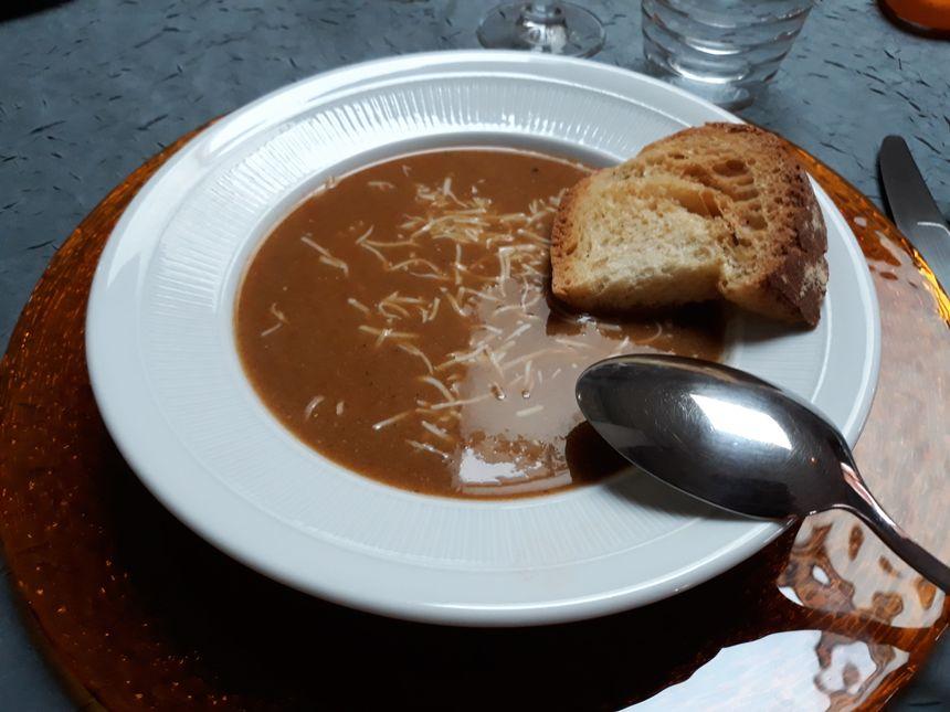 la traditionnelle soupe de poissons