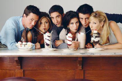 Friends série toujours multi-diffusée, disponible aussi sur Netflix, serait-elle l'étendard de toutes les générations de trentenaires ?