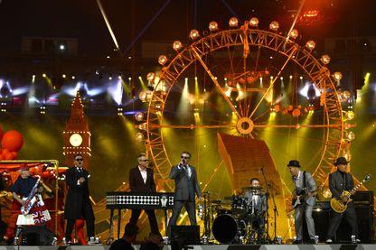 Le groupe de musique britannique Madness lors de la cérémonie de clôture des Jeux Olympiques de Londres, le 12 août 2012