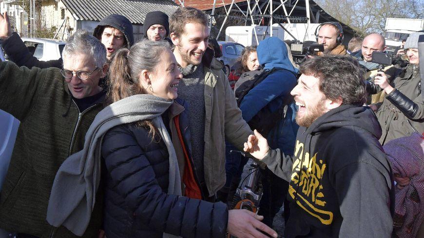 La joie des opposants à l'aéroport à Notre-Dame-des-Landes