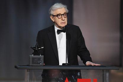 Woody Allen lors du 45ème Gala hommage à Diane Keaton de l'American Film Institute au Dolby Theatre à Hollywood en Californie. le 8 juin 2017
