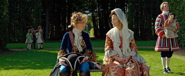 Igor Van Dessel (Louis XV) et Catherine Mouchet (sa gouvernante, Me de Ventadour)