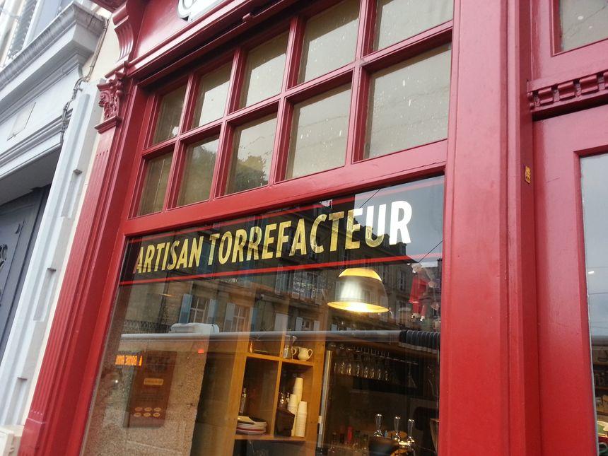 Arrêtez-vous au 7 de la place d'Aine à Limoges pour découvrir la Fabrique du café