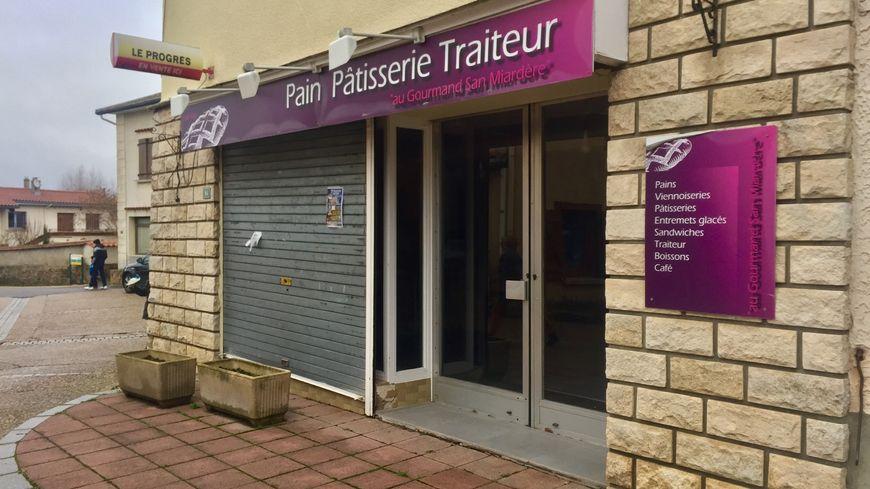 La boulangerie de Saint-Médard-en-Forez est fermée depuis l'été 2016