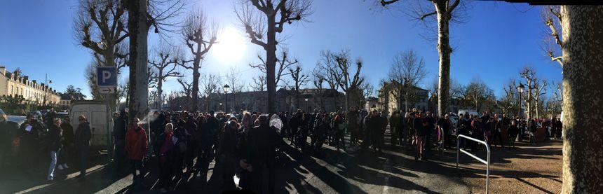 Les manifestants se sont d'abord rejoints samedi matin en face de la préfecture de Périgueux.
