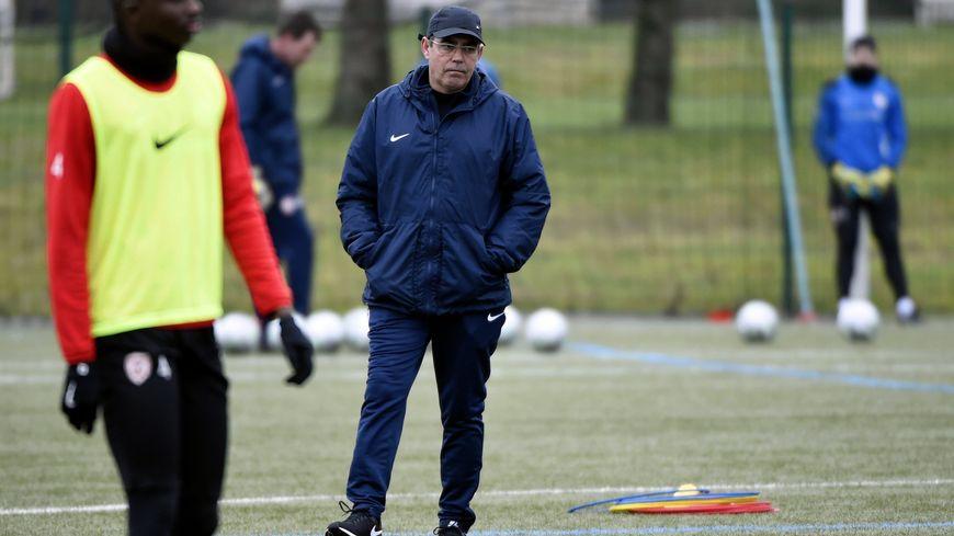 Patrick Gabriel officiellement nommé entraîneur de l'ASNL