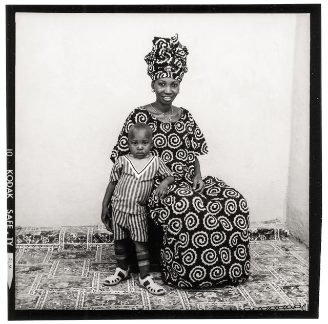 Malick Sidibé, 1973. Tirage gélatinoargentique 50 x 60 cm. Courtesy succession Malick Sidibé