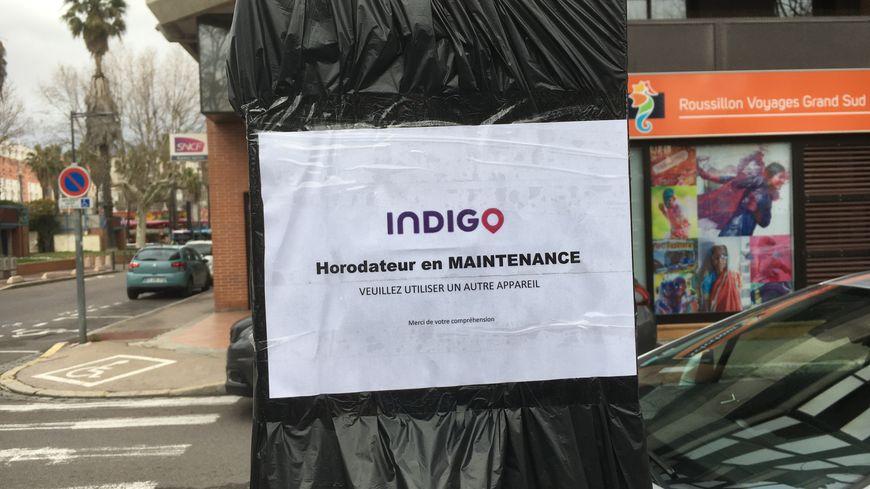 L'horodateur près de l'agence Indigo est hors-service