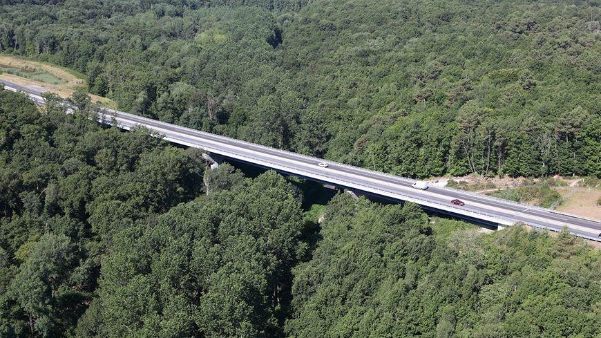 Le viaduc de la Romer en Touraine va bientôt passer à 2x2 voies