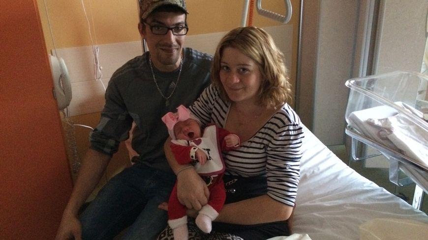 Le premier bébé de 2018 à la maternité de Thiers est une petite Lanna, née à 1h01 du matin !
