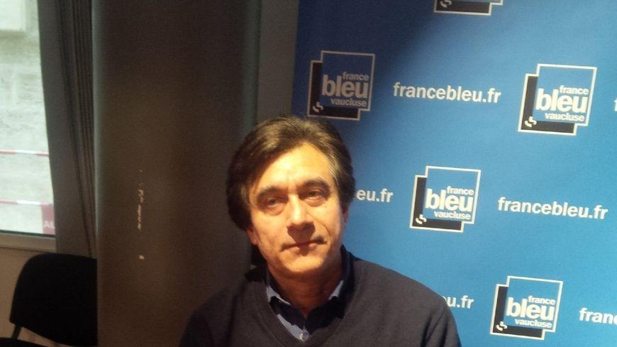 """Niels Adjiman  interprète du """"Bavard"""" de Louis-René Des Forêts"""