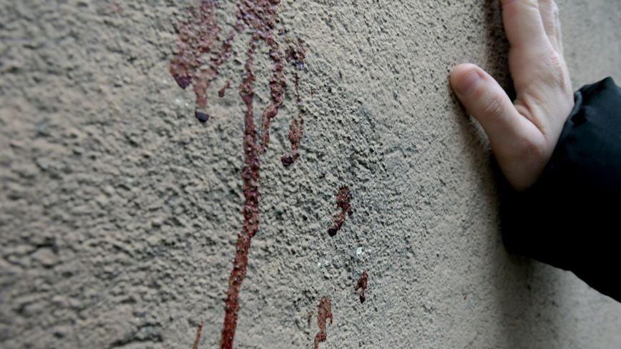 Les agresseurs avaient surpris les victimes à l'arrière d'un bâtiment, avant d'échanger des coups de feu.