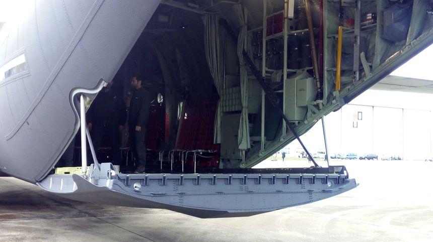 Dans deux ans arriveront deux avions capables de ravitailler des hélicoptères en vol