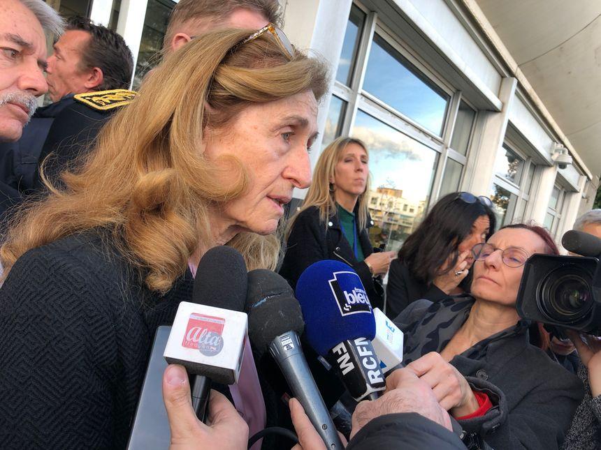 Nicole Belloubet, ministre de la Justice, a rencontré les deux surveillants blessés