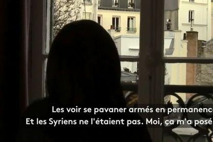 """Capture écran de """"Revenantes"""" : dans ce documentaire, des femmes ex-radicalisées de retour de Syrie témoignent."""