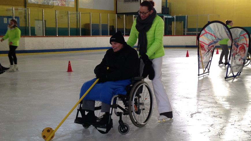 La sortie a pu être organisée grâce à la mobilisation des membres du Club de patinage artistique.